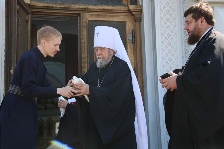24 июня в Омске: парад Победы, голуби над Успенским собором, оригами и квесты