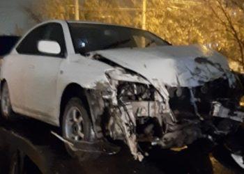 Семи пассажирам опрокинувшейся омской маршрутки потребовалась помощь медиков