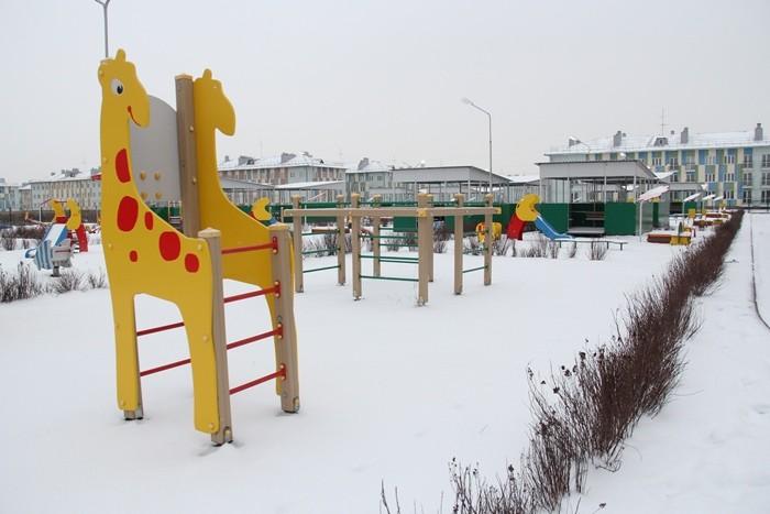 Оксана Фадина проконтролировала ход строительства детсада в Рябиновке (ФОТО)