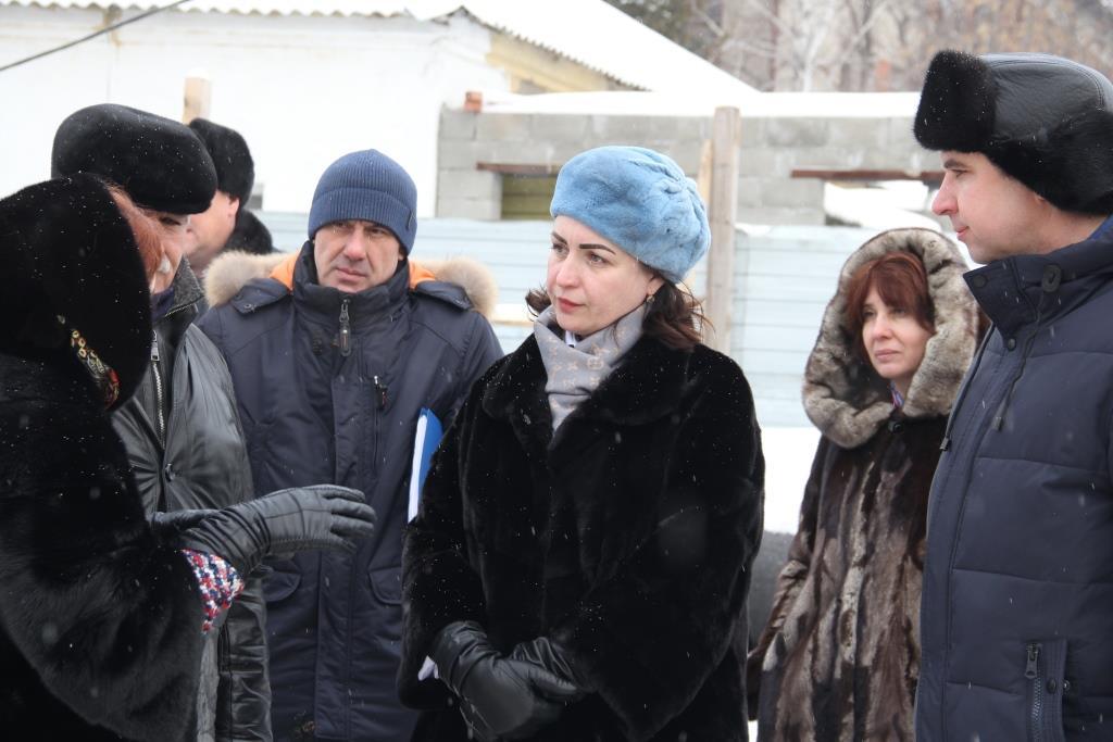 Оксана Фадина посетила стройплощадку детского сада в Биофабрике (ФОТО)
