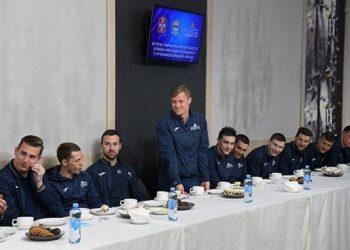 Бурков пообещал найти для «Иртыша» спонсоров
