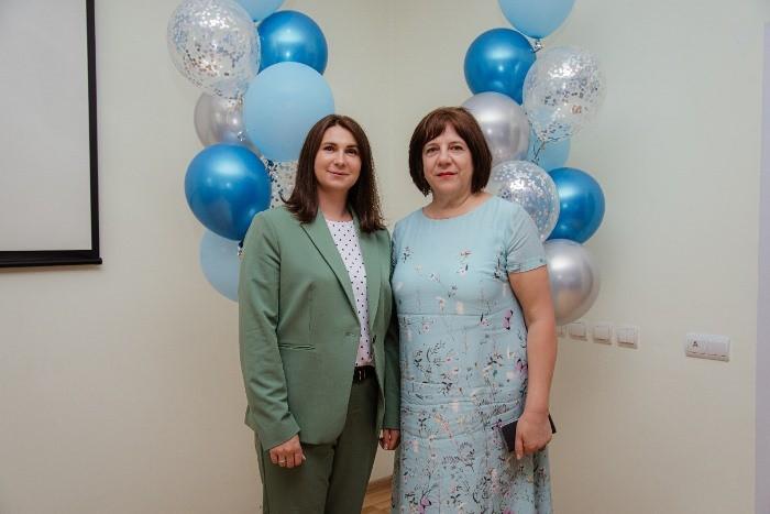 Омские единороссы поздравили медиков с профессиональным праздником
