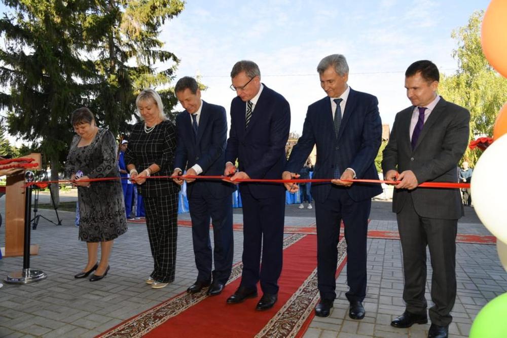 В Калачинске открыт обновленный культурно-досуговый центр