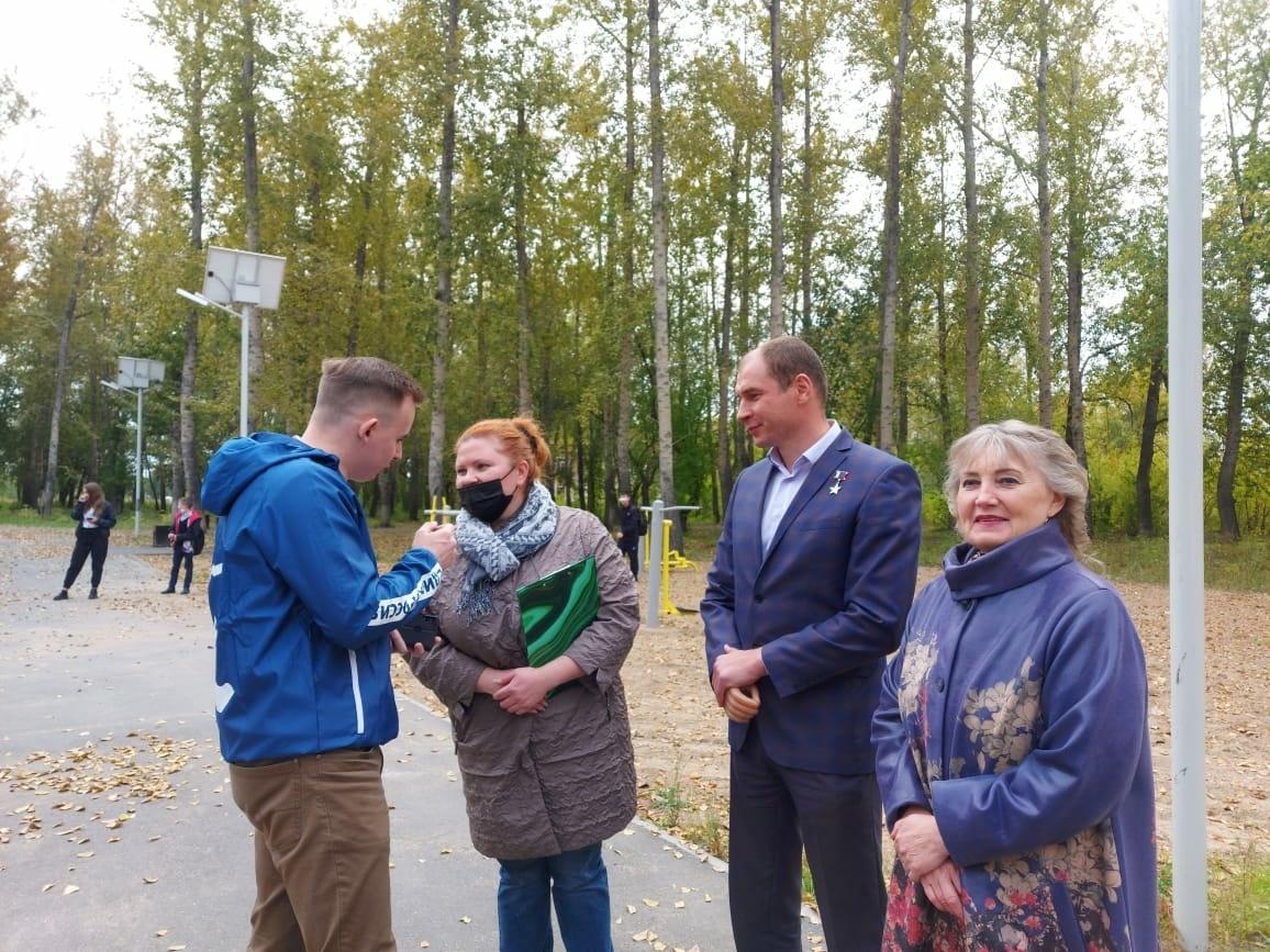 Дмитрий Перминов обсудил с местными жителями дальнейшее улучшение инфраструктуры поселка Степной