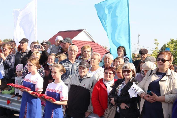 Бурков и первый вице-спикер  Госдумы Александр Жуков открыли новый мост в Калачинске (ФОТО)